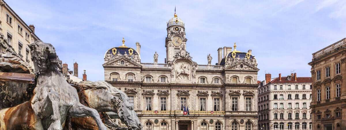 la loi « monuments historiques »